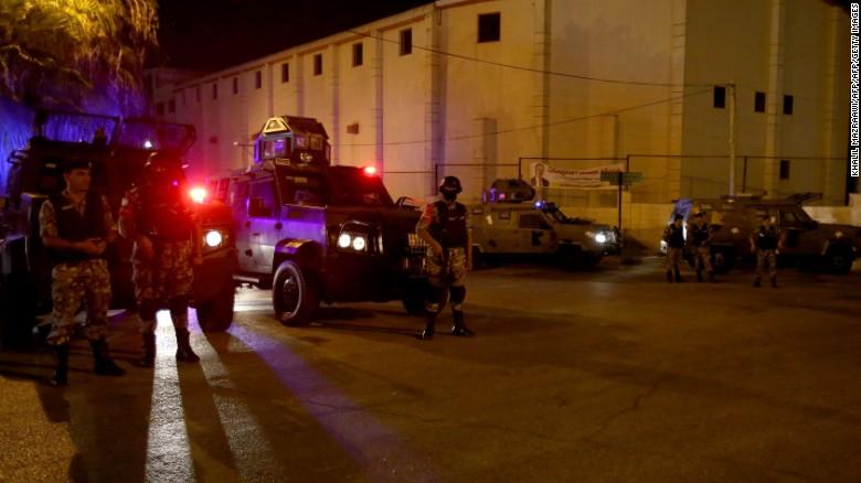 Jew Detector: Israel Removes Metal Detectors As Tensions Simmer